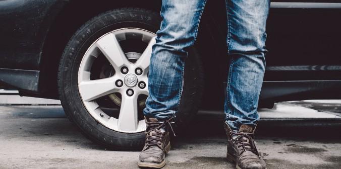 Réaliser de bons plans avec les sites de déstockage des jeans de marque