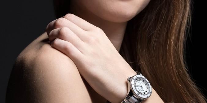 Etre à la mode avec la montre ceramique